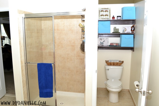 Fabulous Shelving and Decor for Organizing a Small Toilet Room