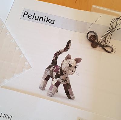 Sød kat i patchwork fra Pelunika