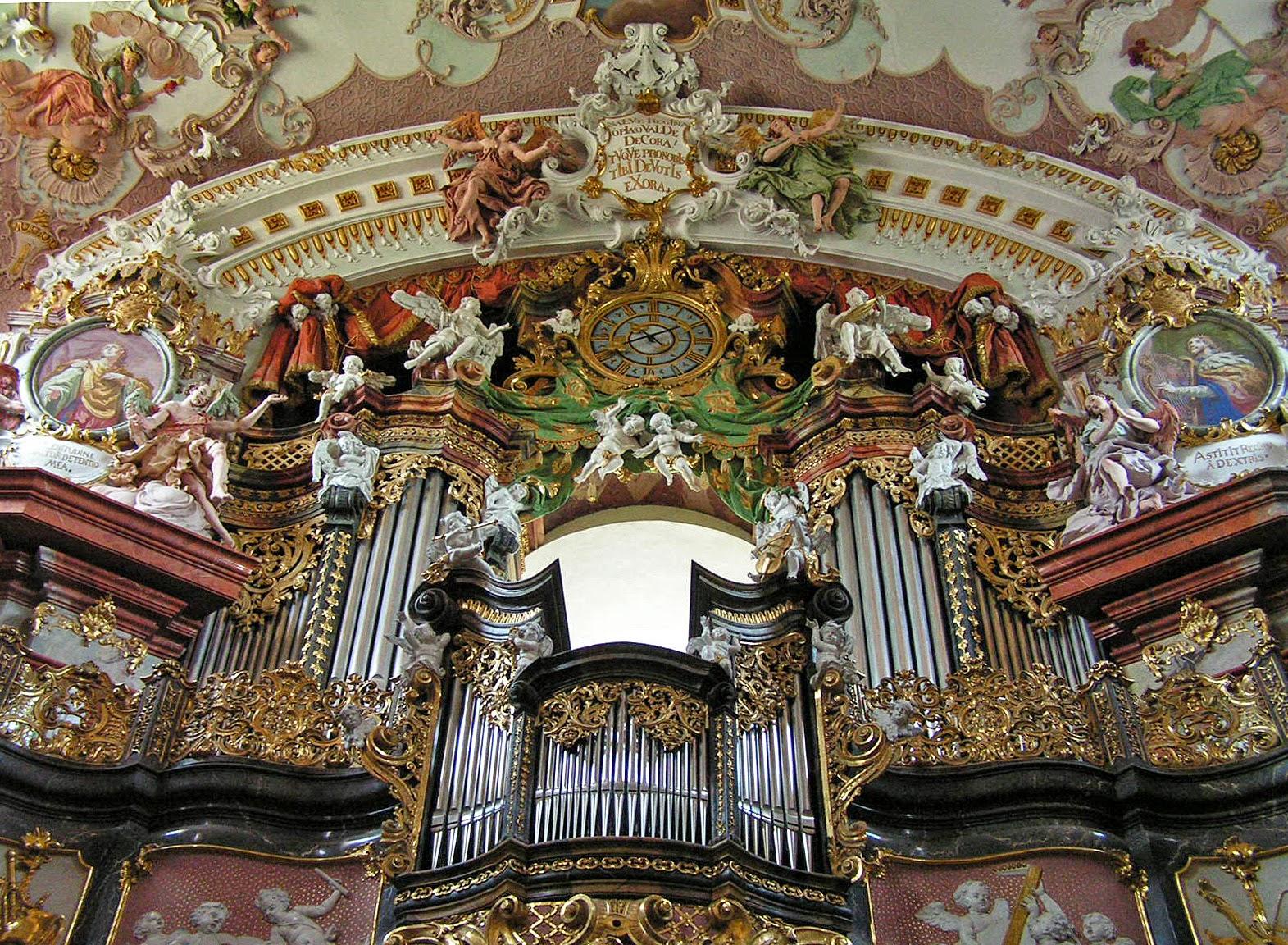 baroque et rococo le monast re de wilhering pr s de linz autriche. Black Bedroom Furniture Sets. Home Design Ideas