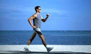 دقائق من المشي تساعد في الحفاض على صحتك