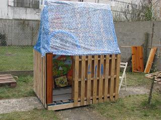 coutures bidouilles cabane de jardin. Black Bedroom Furniture Sets. Home Design Ideas