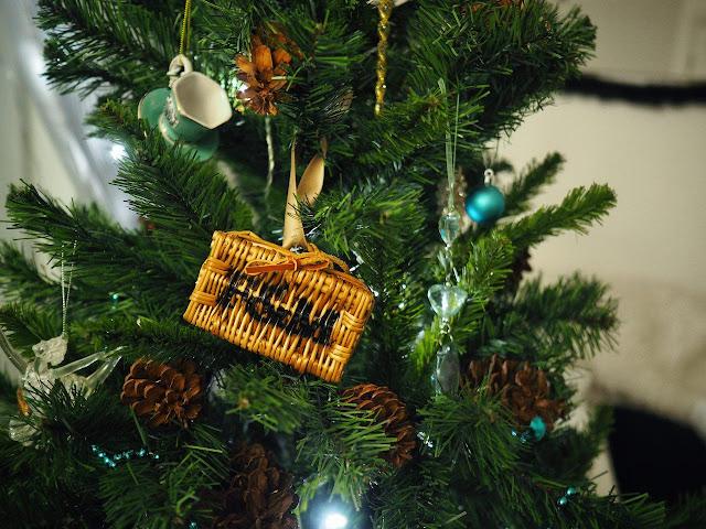как красиво украсить елку к новому году? в стиле тиффани