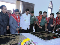 Panglima TNI dan Plt Gubsu Resmikan Mesjid dan Gereja Relokasi Pengungsi Sinabung di Siosar