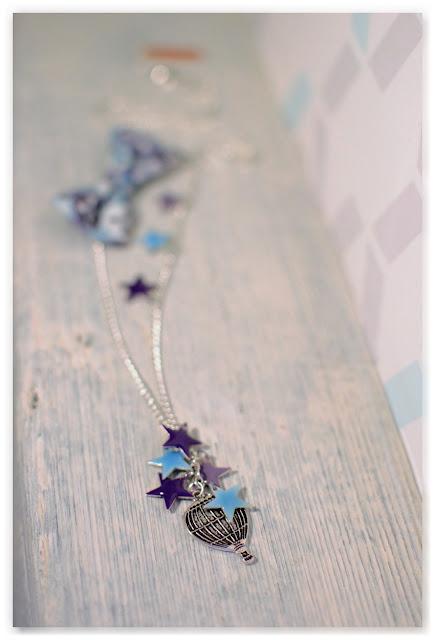 sautoir montgolfière étoiles émaillées bleu violet