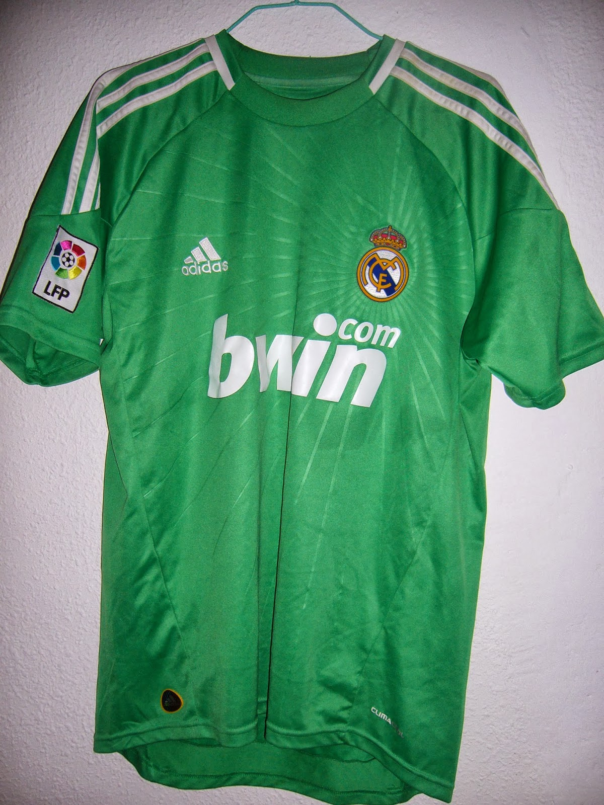 a14bc48d8233e Mi colección de camisetas de fútbol  Camiseta portero Real Madrid ...