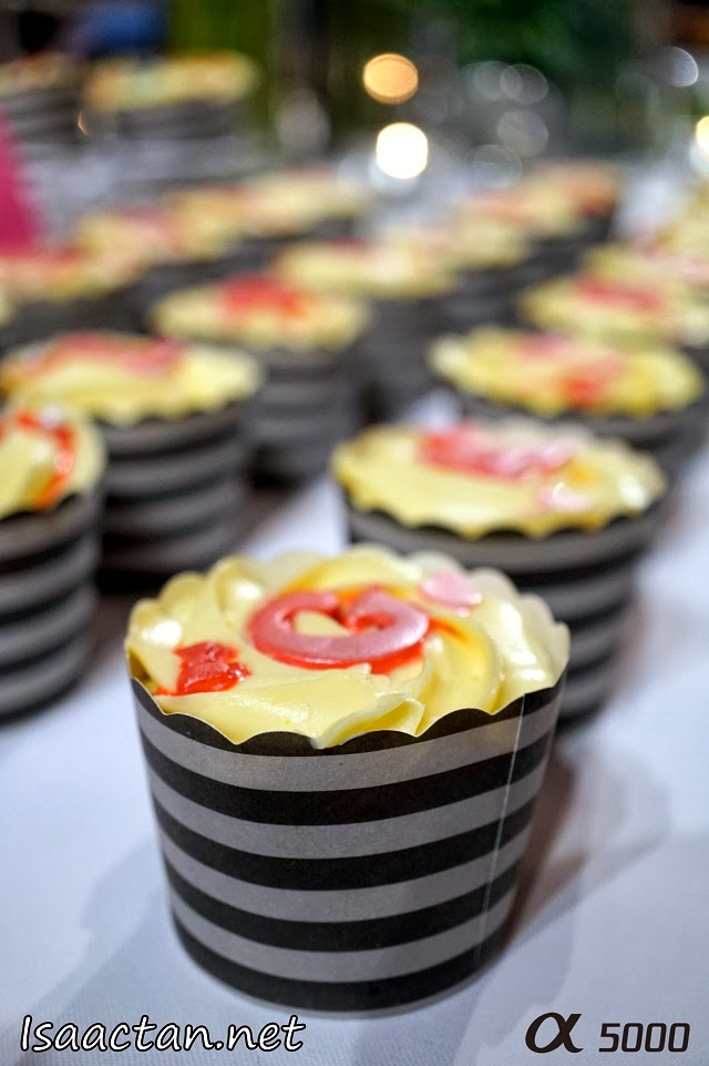 Sweet cupcakes to tantalize our taste buds at the Sony Alpha 5000 Bloggers Gathering