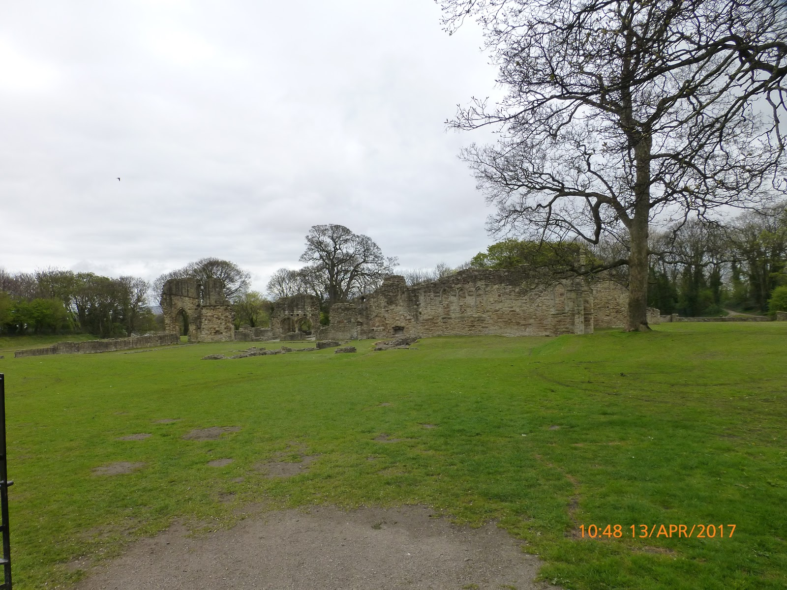 harris hikers: holywell to flint castle 13th april 2017