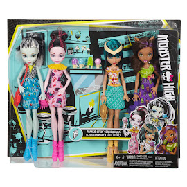 MH Ice Scream Clawdeen Wolf Doll