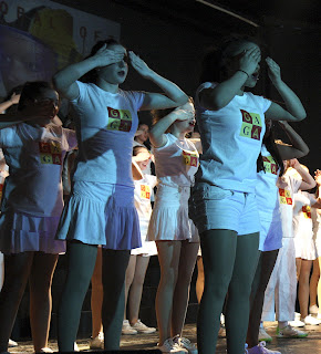 We Will Rock You chorus in Radio Ga Ga costumes