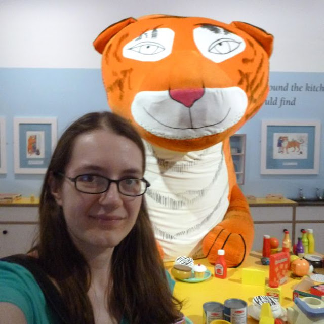 http://bugsandfishes.blogspot.co.uk/2015/07/having-tea-with-tiger-other-nice-days.html