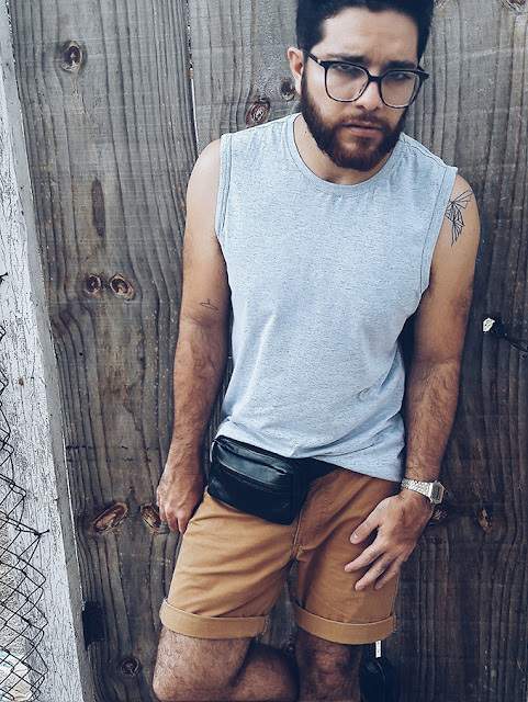 pochete masculina looks