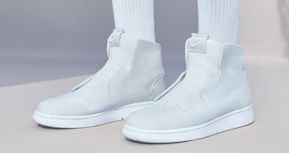 The 1 Reimagined WMNS Air Jordan I Sage XX,