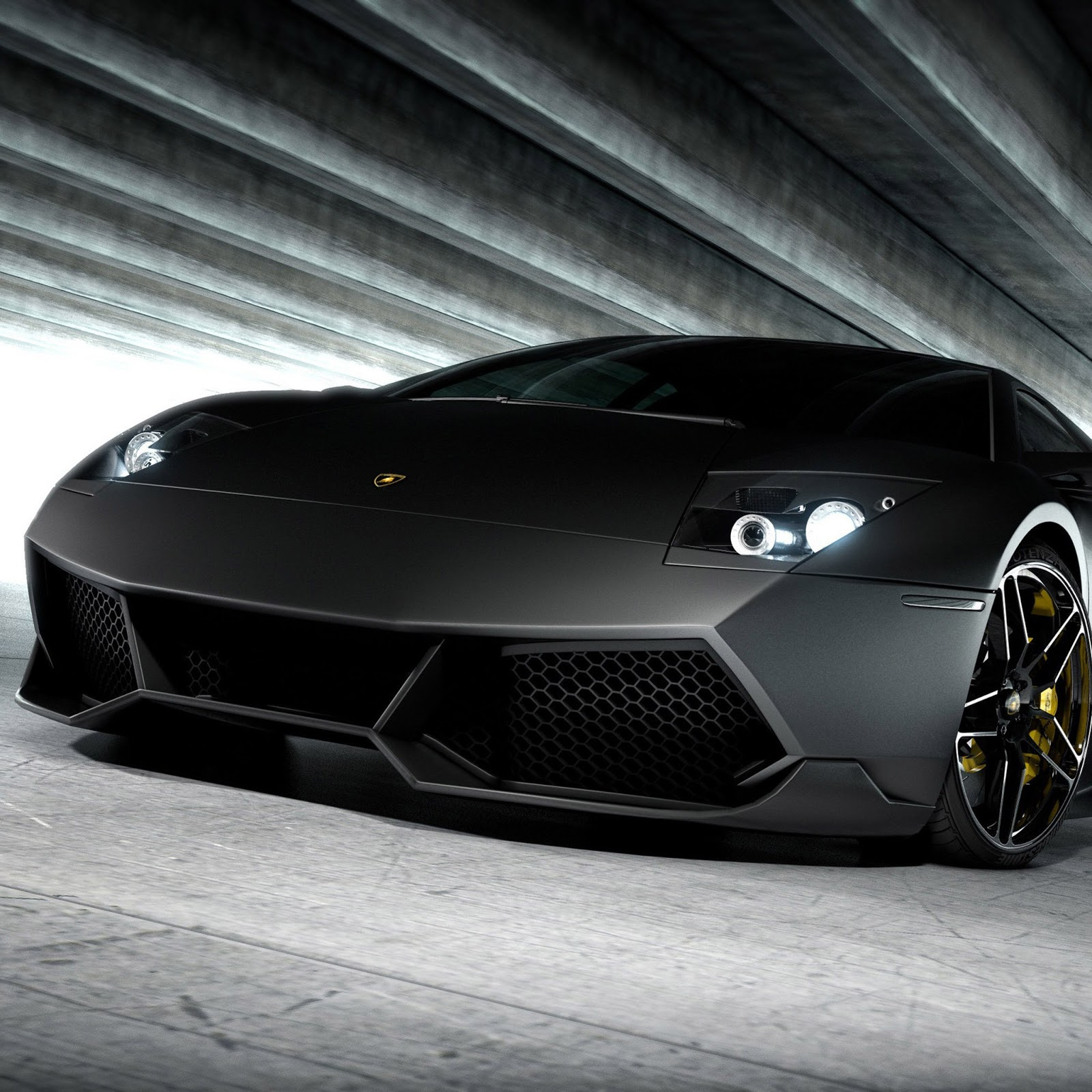 Black Lamborghini Wallpaper