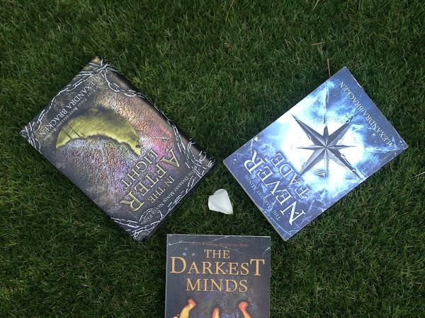 The Darkest Minds Never Fade In The Afterlight - Alexandra Bracken
