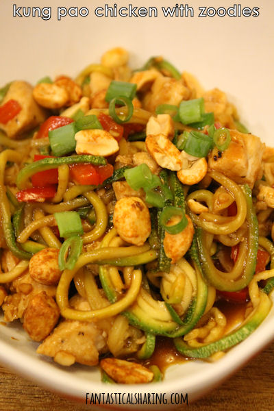 Kung Pao Chicken with Zoodles #chicken #maindish #recipe #kungpao #zoodles #zucchini