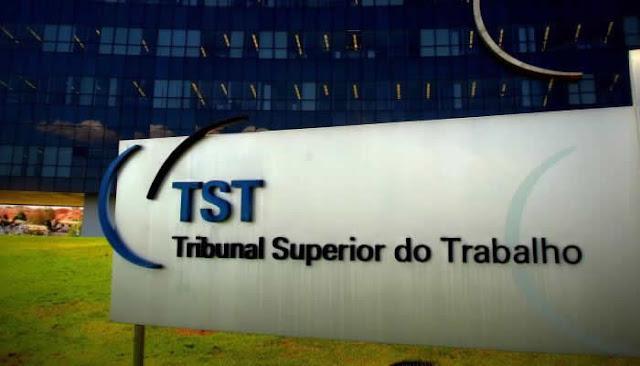 Concurso do TST tem vaga para superior em TI de R$ 10 mil e programador de R$ 6 mil.
