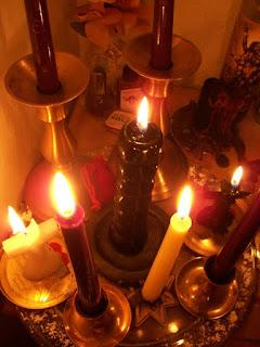 LES PUISSANTES BOUGIES MYSTIQUES HINDOUES DU MARABOUT SAUVEUR WADEDJI dans affection 1