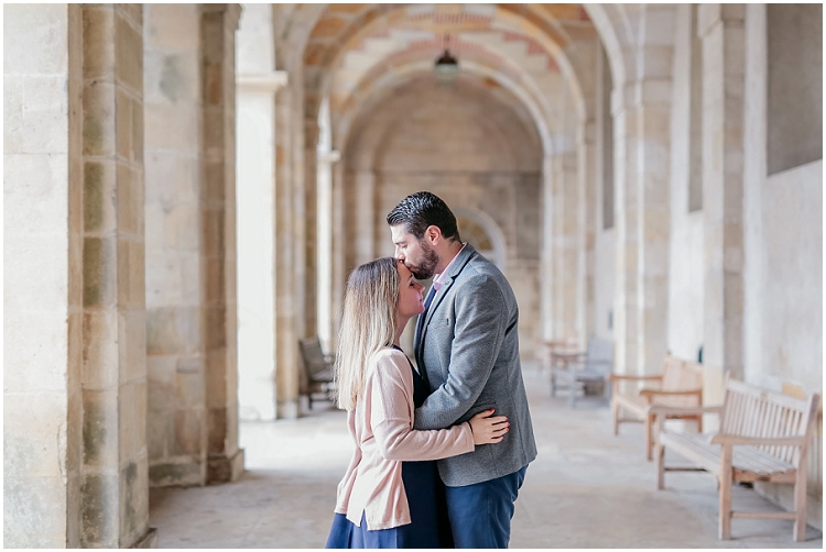 https://www.lisahoshi-photographie.com/2019/01/love-session-au-chateau-de-fontainebleau.html#more