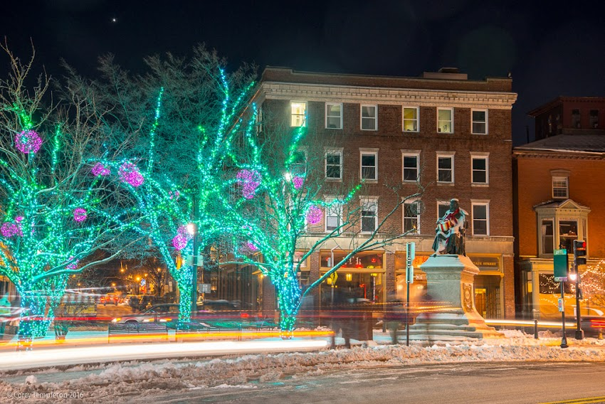 Portland, Maine USA December 2016 photo by Corey Templeton. A bit of snow in Longfellow Square in the West End during the holidays at night.