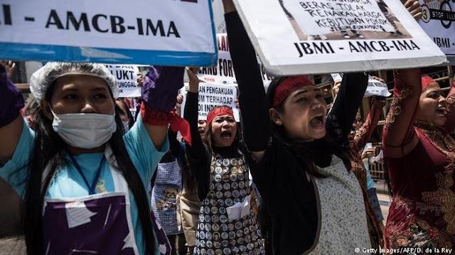 Apes! Kabur ke Hongkong Saat May Day, Tetap Disambut Demo Ribuan TKW di Hongkong