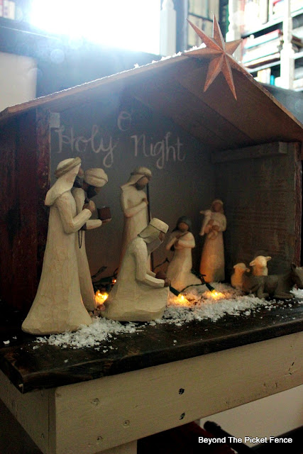 nativity, creche, barn, stable, how to build, https://goo.gl/xwgamA