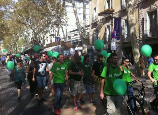 Unas 50 personas se manifiestan en #Barcelona por la legalización de la marihuana