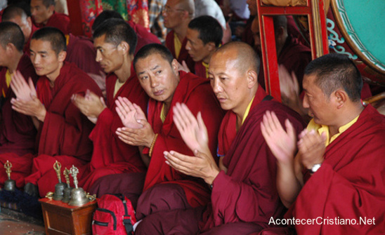 Más de 200 mil personas aceptan a Cristo en el Tíbet