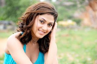 Manjari Fadnis hd Wallpapers