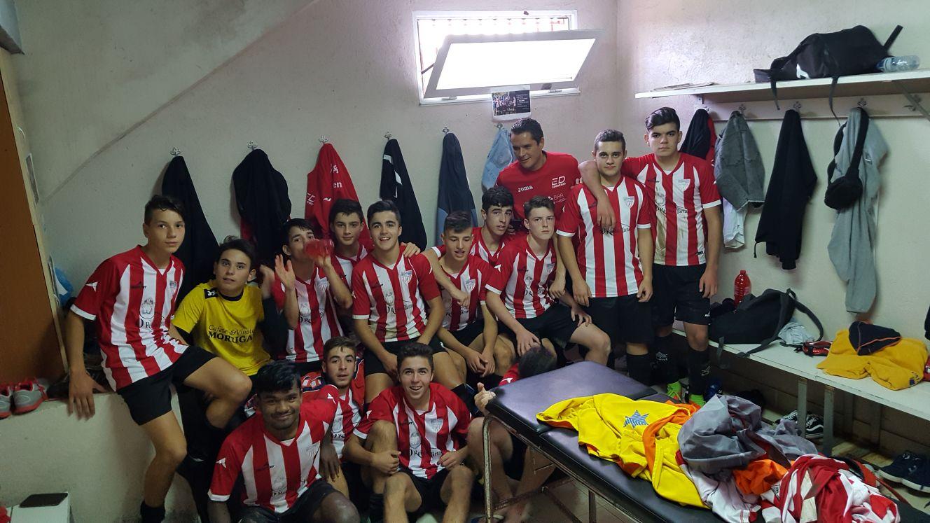 Escolas Deportivas Lourenz Unha Nova Victoria Fixa Xuvenil En  # Muebles Huertas Lourenza