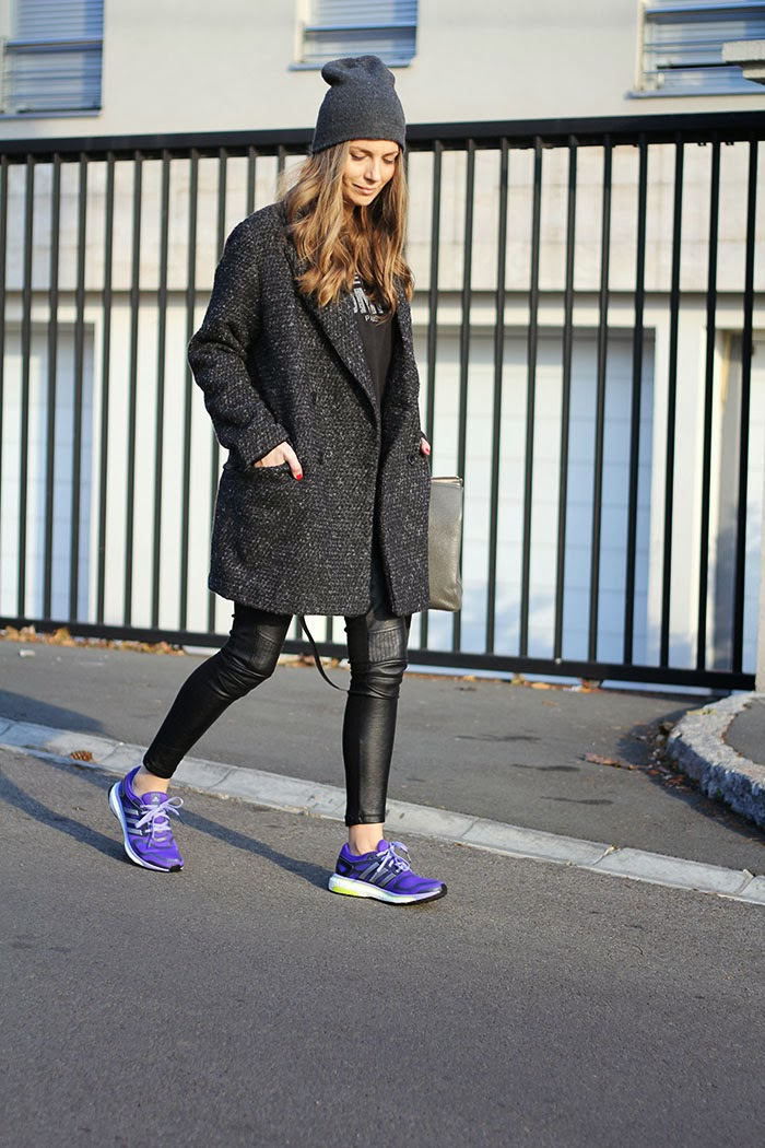 Girls Retro Adidas Shoes Size