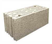 Ponza kullanılarak üretilmiş bir kerpiç veya blok tuğla
