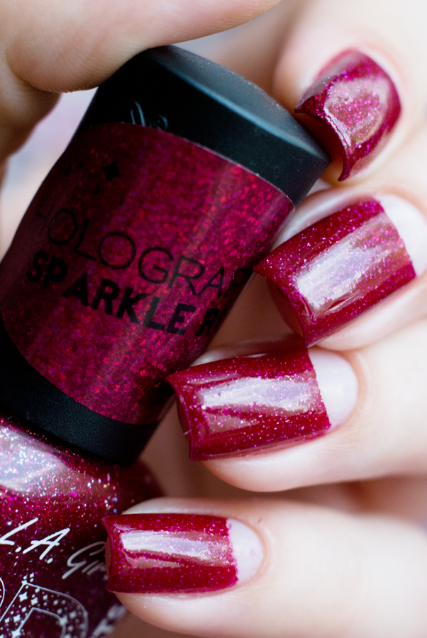 Лунный маникюр с L.A. Girl 3D Effect Sparkle Ruby