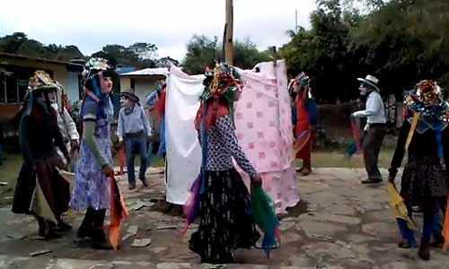 Danza de huehues o tejoneros