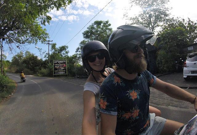 Rollerfahren Bali