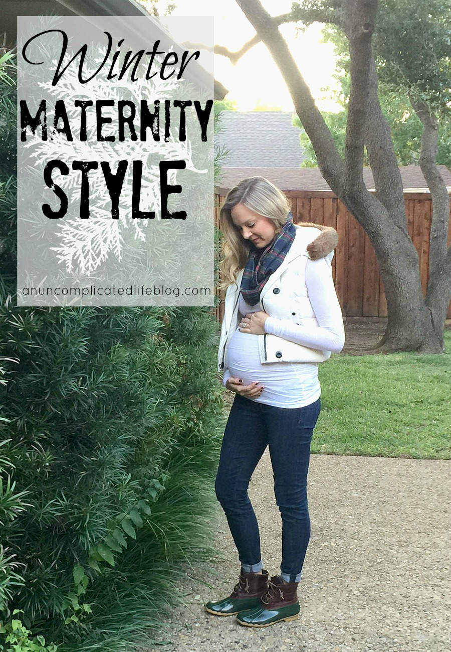 3e70c948ed Winter maternity style. How to look cute pregnant this winter by layering  fabrics to stay