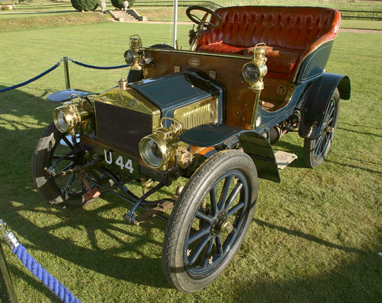 Rolls-Royce 10 hp Type A 1904 - left
