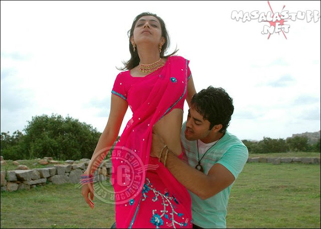 Are Kajal agarwal hot navel kiss