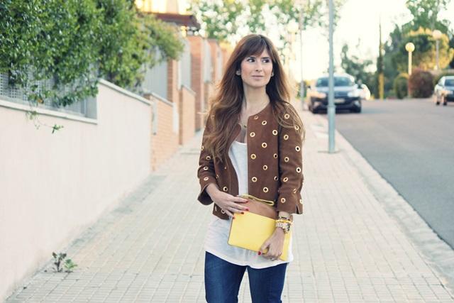 zapatos_pura_lopez-chaqueta_hoss_intropia-melena_ondas_al_agua-a_trendy_life