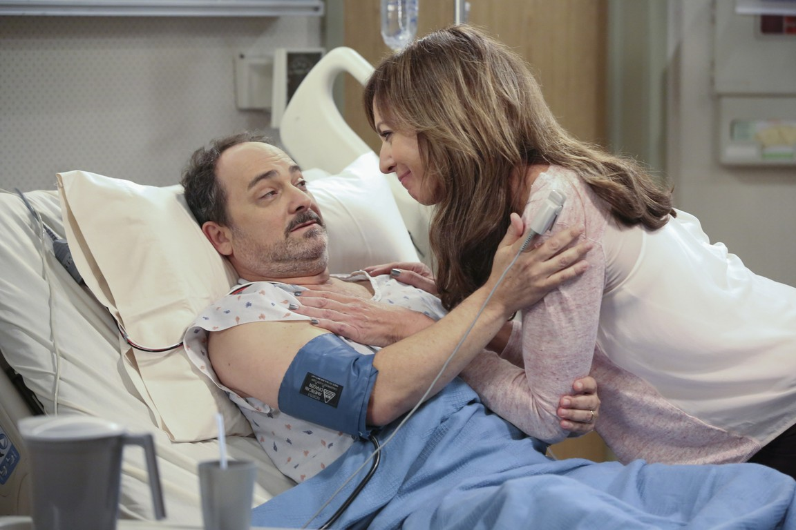 Mom - Season 1 Episode 22: Smokey Taylor and a Deathbed Confession