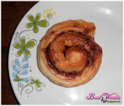 Resepi Mudah Roti Milo Gulung Ala Cinnamon Roll. Cara Buat Cinnamon Roll Ala Cinnabon Perisa Milo. Milo Roll Yang Ringkas, Sedap Senang Dan Simple. Roti Milo Gulung Gebu