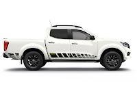 Nissan Navara N-Guard Double Cab (2018) Side