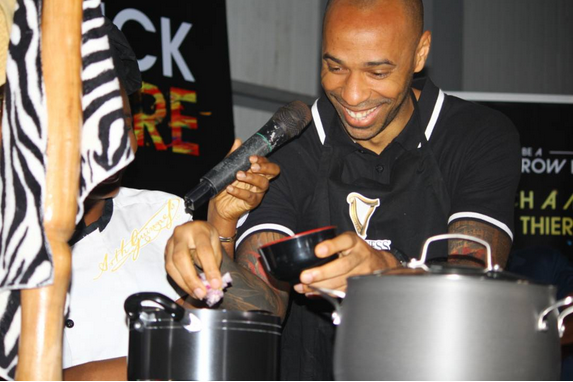 Thierry-Henry-in-Nigeria-learns-how-to-cook-Nigeria-Jollof-Rice