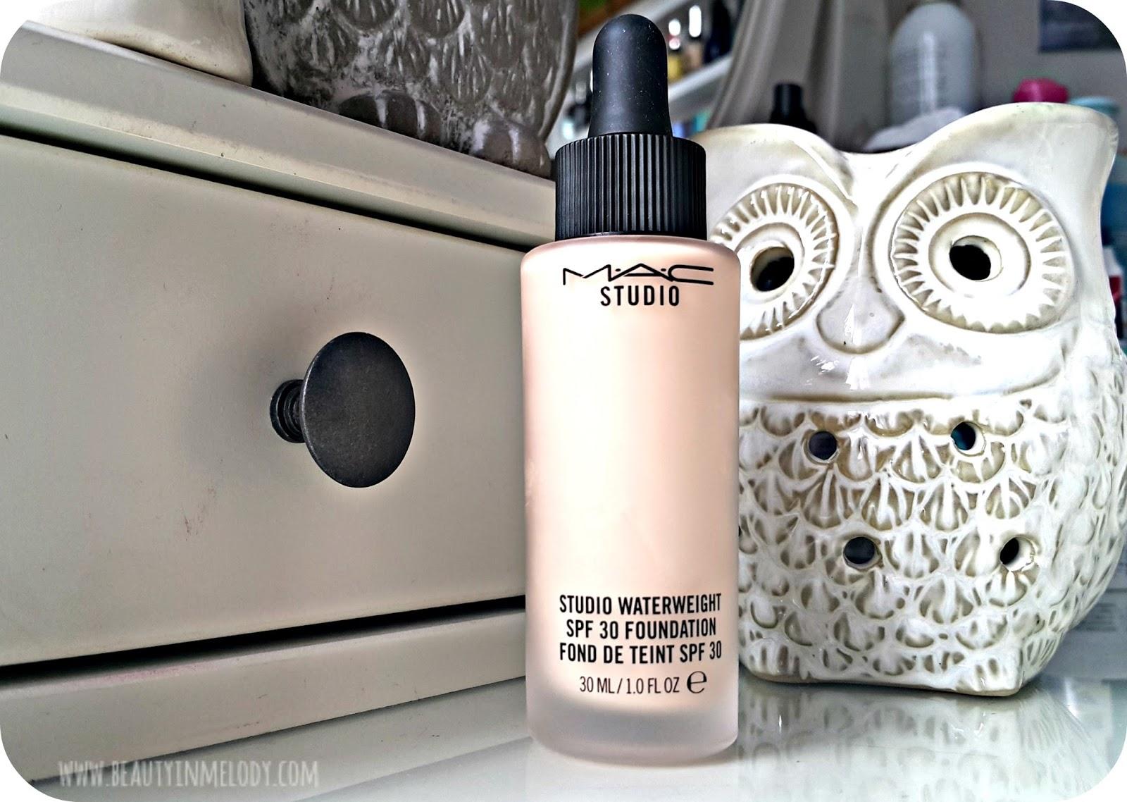Beauty&Melody: Review: MAC - Studio Waterweight SPF30 Foundation