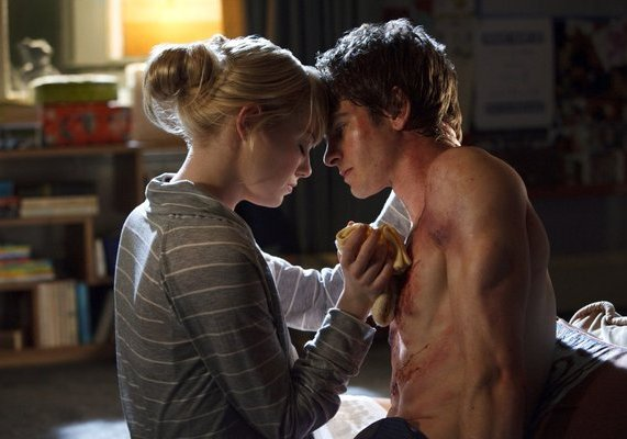Andrew Garfield and Emma Stone in The Amazing Spider-Man 2012 Movie Hot Scene