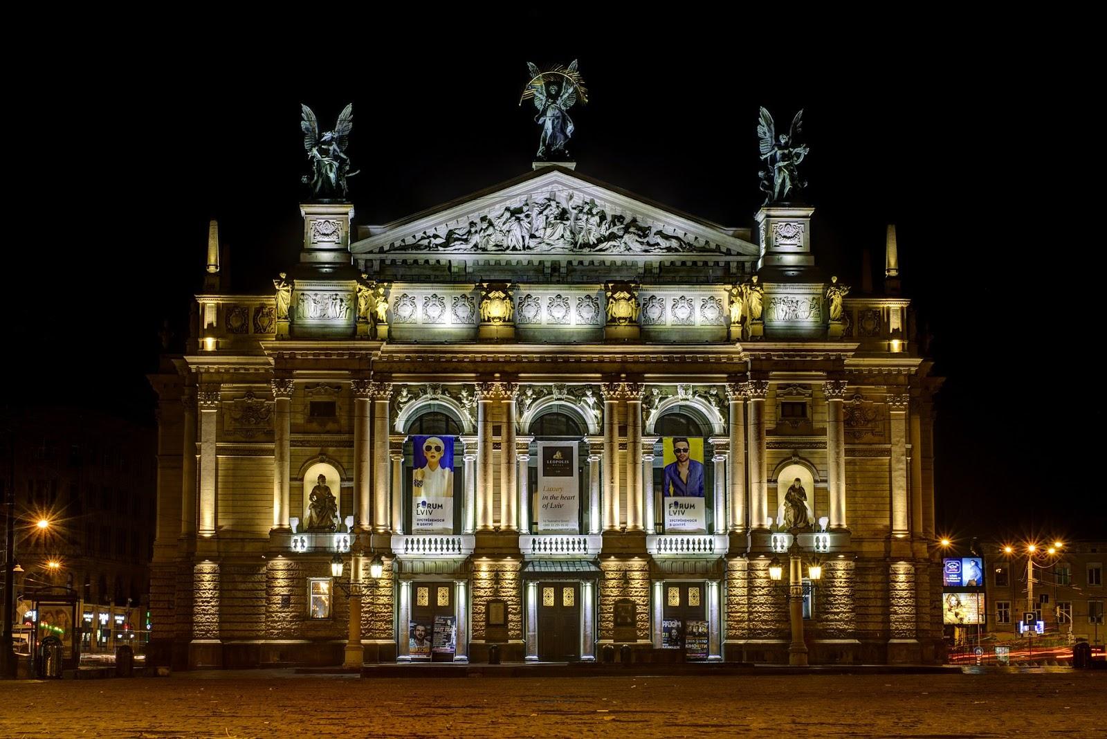 Lviv - Ucrânia- 10 Lugares Mais Baratos do Mundo Que Deves Conhecer em 2017 - www.esperteza.com -- #viajar #viagens #mundo #destinos #ferias