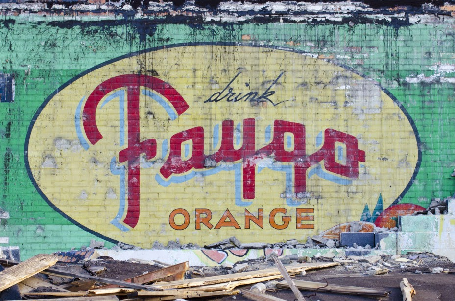 https://www.etsy.com/listing/176608247/vintage-faygo-sign-16x24-canvas-gallery?ref=shop_home_active_1&ga_search_query=faygo%2Bsign
