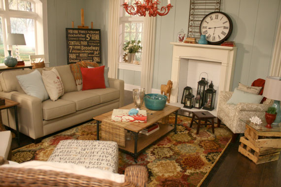 Take the Side Street: A Casual, Beachy Living Room