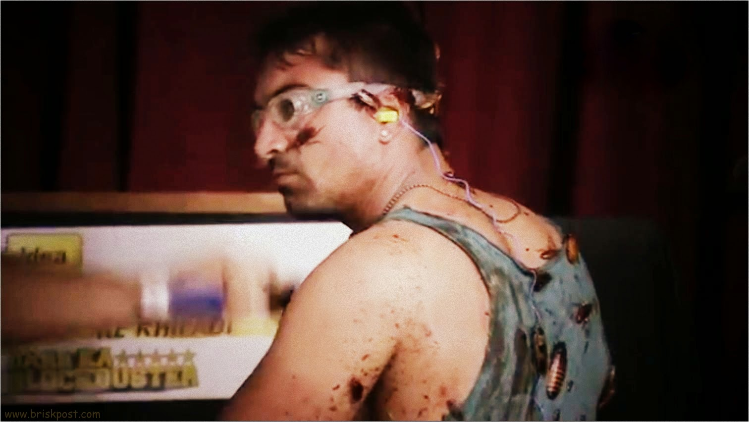 Cockroaches, crickets, earthworms and insects on Ajaz Khan after Darr Ka Blockbuster Khatron Ke Khiladi stunt