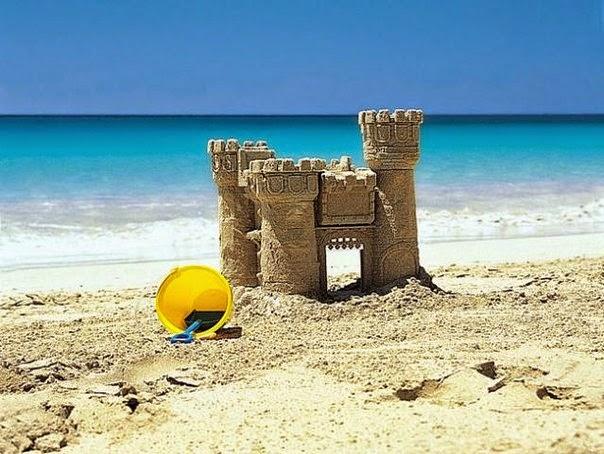 Tòa lâu đài trên cát