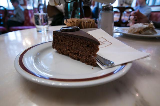 Sachertorte-Caffé dell'Hotel Sacher-Salisburgo